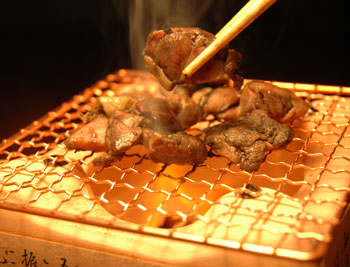 宮崎名物。鶏もも炭火焼