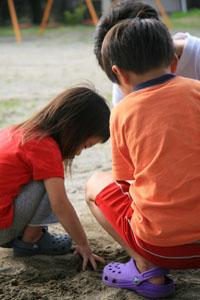燕の児童公園